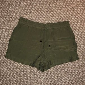 Never worn! Army green shorts.